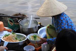 Vietnam reduces visa